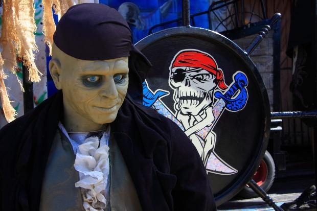 6da1d3a5d2 Halloween Milano 2012: i negozi per acquistare e noleggiare costumi ...