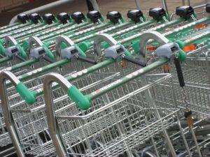 negozi e supermercati aperti 25 dicembre milano