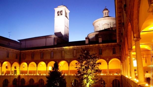 chiostro-museo-scienza-milano-illuminato