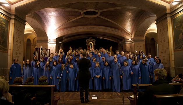 coro-ensemble-ambrosiano