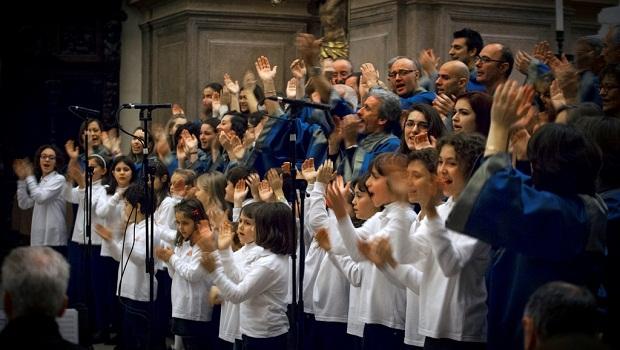 EnsembleVocaleAmbrosiano_e_MusiciCantori[1]