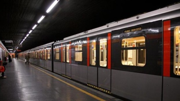 metropolitana milano rossa