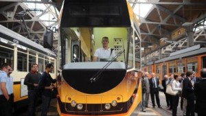 nuovo-tram-4900