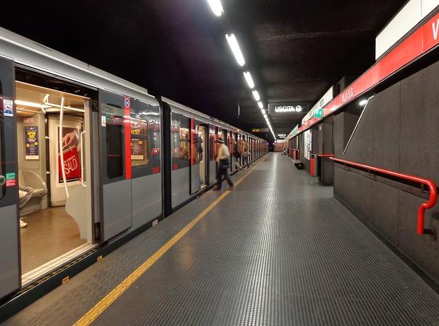 Milano_metropolitana_Villa_San_Giovanni