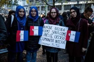 musulmani-contro-isis