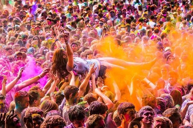holi-wave-festival