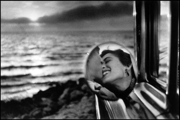 California-USA-1955-Elliott-Erwitt-Magnum-Photos