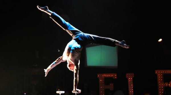 cirque-eletrique