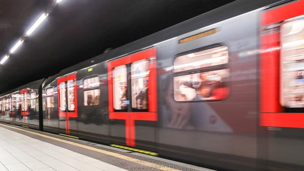 metropolitana-milano-treni-leonardo-3