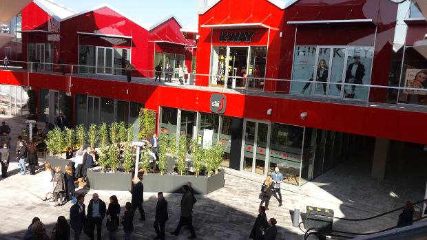 Scalo Milano: negozi e photo gallery