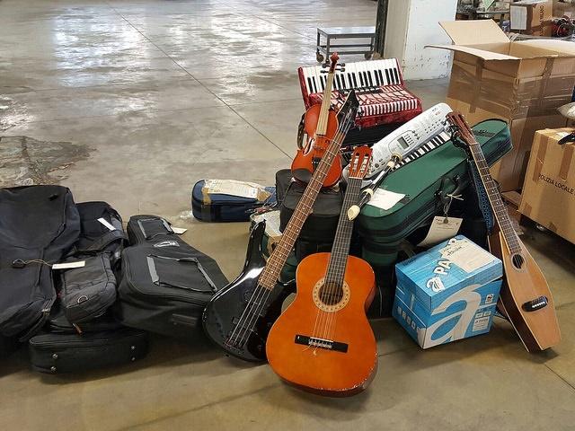 asta-strumenti-musicali