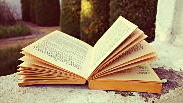 book-1616087_1280