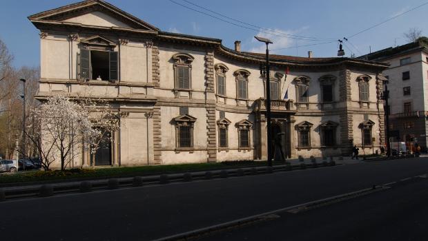 01. Palazzo_Senato_Facciata