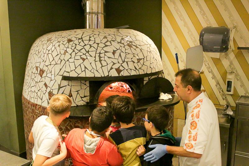 laboratori-di-cucina-per-bambini-EDU-pizza (6)